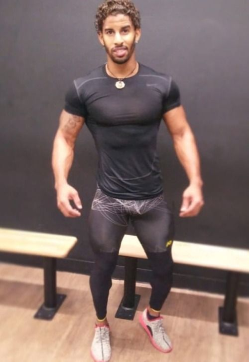 Pictures of men in spandex